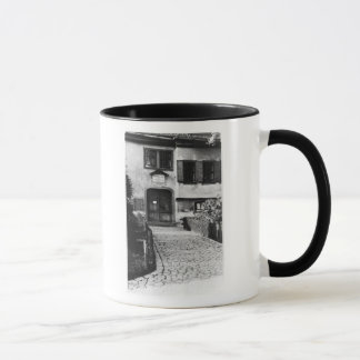 ヨハン・ゼバスティアン・バッハの家への入口 マグカップ