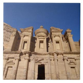 ヨルダン、Petraの修道院、Al Deir. タイル