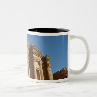 ヨルダン、Petraの修道院、Al Deir。 2 ツートーンマグカップ