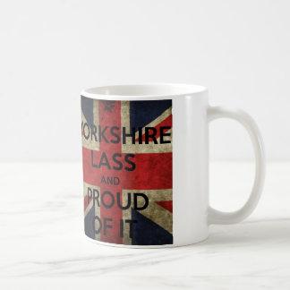 ヨークシャの少女のマグ コーヒーマグカップ
