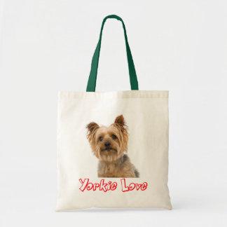 ヨークシャテリアの小犬の赤いヨークシャーテリア愛 トートバッグ
