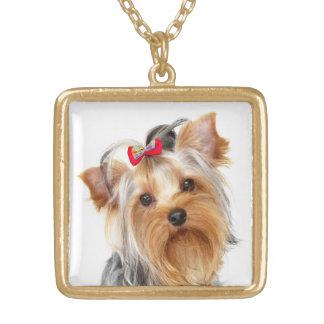 ヨークシャテリアの小犬の金ゴールドのネックレス ゴールドプレートネックレス