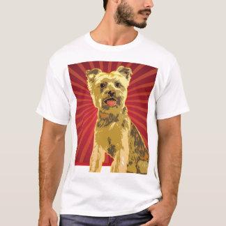 ヨークシャーテリアの犬のオーナー Tシャツ