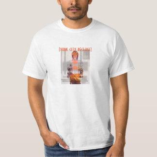 [ヨーク都市隠遁者の]オレンジ Tシャツ
