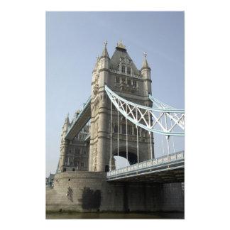 ヨーロッパ、イギリス、ロンドン。 2上のタワー橋 フォトプリント