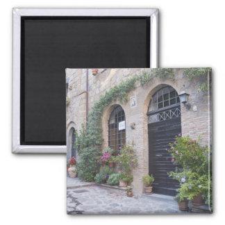 ヨーロッパ、イタリア、ウンブリア州、Civitaの昔ながらのな家 マグネット