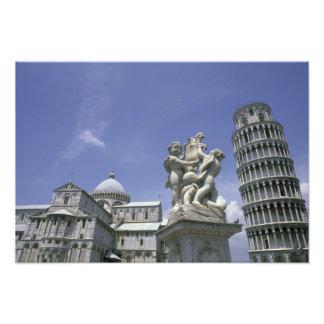 ヨーロッパ、イタリア、ピサのピサの斜塔 フォトプリント