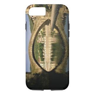 ヨーロッパ、イタリア、リグーリア州、Dolceacquaのリビエラのディディミアム iPhone 8/7ケース