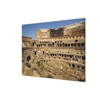 ヨーロッパ、イタリア、ローマ。 Colosseum (別名 キャンバスプリント