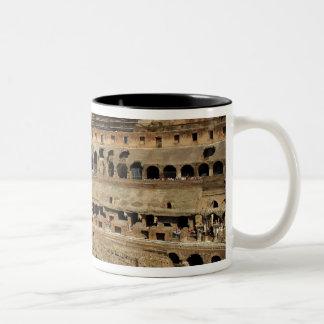 ヨーロッパ、イタリア、ローマ。 Colosseum (別名 ツートーンマグカップ
