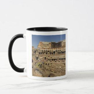 ヨーロッパ、イタリア、ローマ。 Colosseum (別名 マグカップ