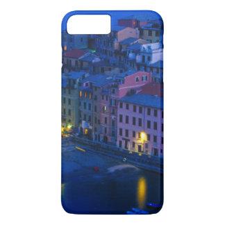 ヨーロッパ、イタリア、Cinque Terre、Vernazza。 山腹 iPhone 8 Plus/7 Plusケース