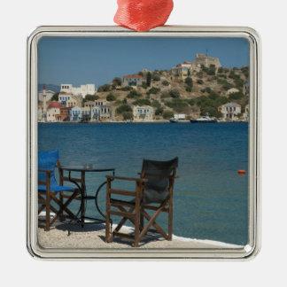ヨーロッパ、ギリシャ、Kastellorizo: 端の椅子 メタルオーナメント