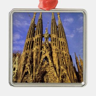 ヨーロッパ、スペイン、バルセロナ、Sagrada Familia シルバーカラー正方形オーナメント