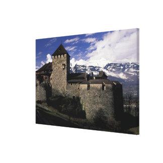ヨーロッパ、リヒテンシュタイン、ファドゥーツ。 ファドゥーツの城、2 キャンバスプリント
