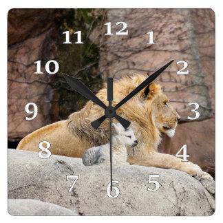 ライオンおよび子ヒツジ スクエア壁時計