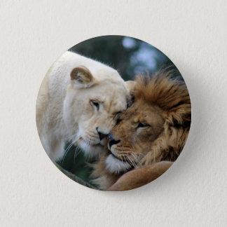 ライオンおよび雌ジシ 缶バッジ