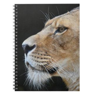 ライオンが付いているかわいいノート ノートブック