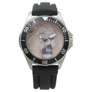 ライオンのとどろく大きな猫の野性生物の現実主義者の芸術 腕時計