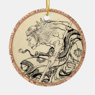 ライオンのマスクHokusaiを持つ武士の戦士のスケッチ セラミックオーナメント