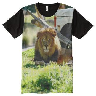 ライオンの一見 オールオーバープリントT シャツ