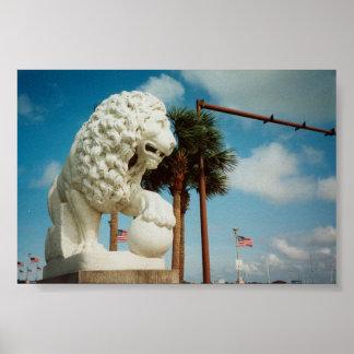 ライオンの写真のセント・オーガスチンフロリダ橋 ポスター