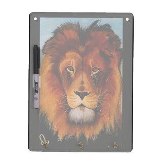 ライオンの現実的な色彩の鮮やかのの顔 ホワイトボード