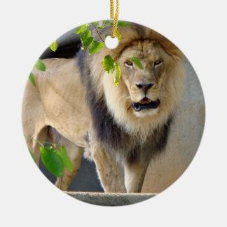 ライオンの野性生物のオーナメント セラミックオーナメント