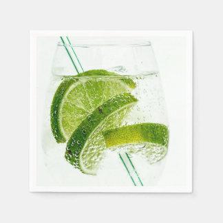ライムのソーダ新しい飲み物ガラス スタンダードカクテルナプキン