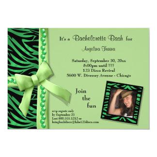 ライムグリーンの真珠およびシマウマは縞で飾ります カード