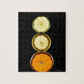 ライム、グレープフルーツ、レモン、フルーツ、黒い背景 ジグソーパズル