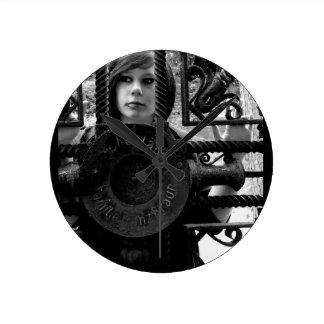 ラウンド壁時計