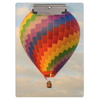 ラオス、Vang Vieng。 熱気の気球 クリップボード
