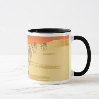 ラクダのキャラバンが付いているマグ マグカップ