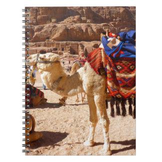 ラクダの中東自然動物の運命のギフト ノートブック
