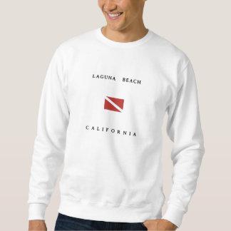 ラグナのビーチカリフォルニアスキューバ飛び込みの旗 スウェットシャツ