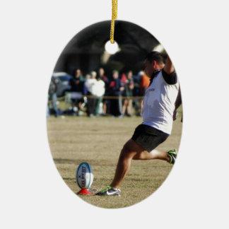 ラグビーの蹴り セラミックオーナメント