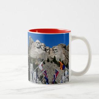 ラシュモア山サウスダコタの記念品 ツートーンマグカップ