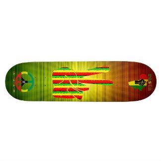 ラスタのレゲエのスケートボード 21.6CM スケートボードデッキ