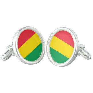 ラスタは緑の黄色い赤のストライプの旗パターンを着色します カフスボタン