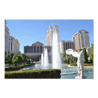 ラスベガスのストリップに沿う噴水そして彫像 フォトプリント