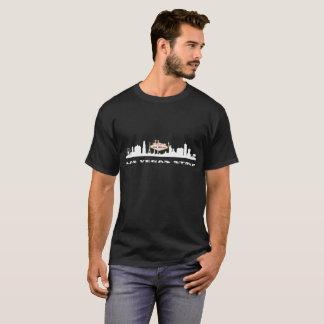 ラスベガスのストリップの誕生日の人の暗いTシャツ Tシャツ