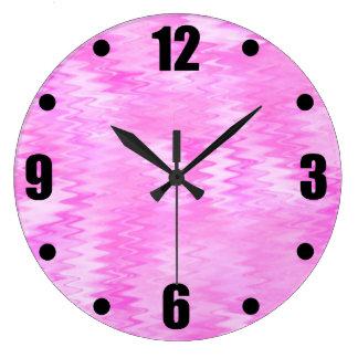 ラズベリーの波紋のピンクの抽象芸術パターン ラージ壁時計