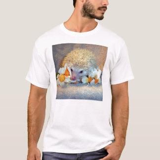 ラッパスイセンのワイシャツのハリネズミ Tシャツ