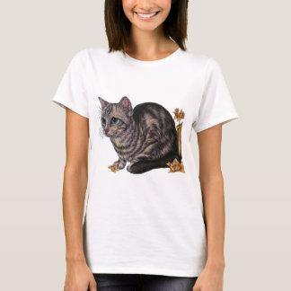 ラッパスイセンを持つ猫のスケッチ Tシャツ