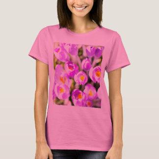 ラッパスイセンを開花します Tシャツ