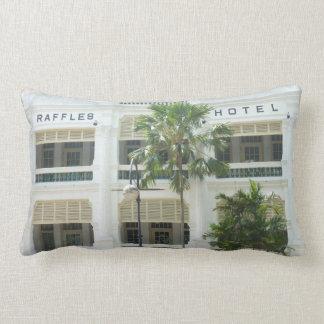 ラッフルのホテルのシンガポールの写真の枕 ランバークッション