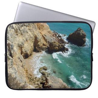 ラップトップの箱の崖の側面のビーチ場面、Cabo Rojo、PR ラップトップスリーブ