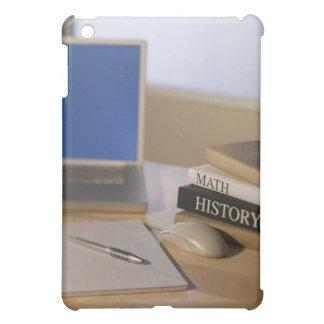 ラップトップコンピュータおよび教科書 iPad MINIケース