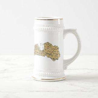 ラトビアの旗の~の地図のマグ ビールジョッキ